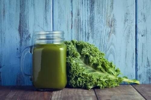 Velouté de kale et épinards riche en vitamines