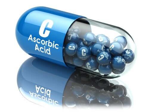 Acide ascorbique : usages et avantages