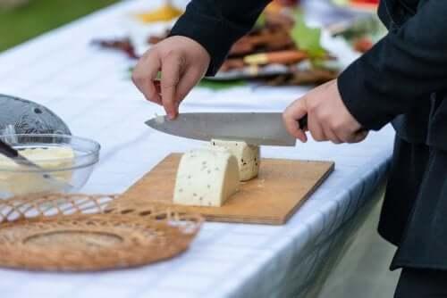 Astuces pour couper le fromage
