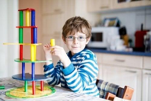Un enfant en train de jouer