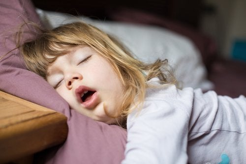 Troubles du sommeil chez l'enfant : examens et traitements