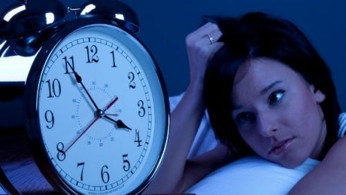 Une femme qui souffre de troubles du sommeil
