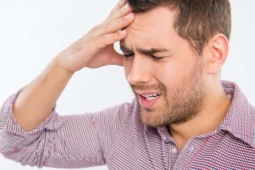 Le traitement à base de brimonidine présente certains effets secondaires gênants