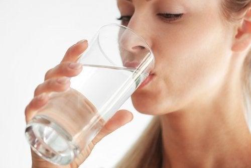 Bien s'hydrater pour une bonne santé de la peau