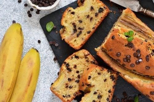 Gâteau à la banane riche en fibres et pauvre en sucres