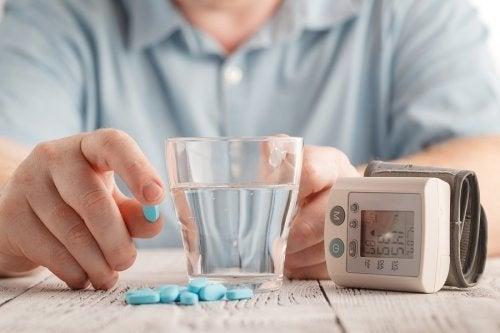 Diovan : utilisations et effets secondaires