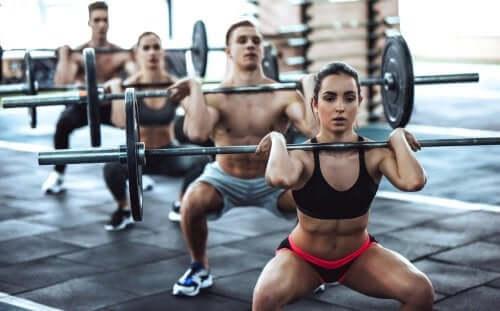 Bienfaits et dangers du CrossFit : ce que vous devez savoir