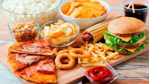 Divers aliments transformés contenant des additifs alimentaires