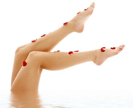 Des jambes légères dans l'eau