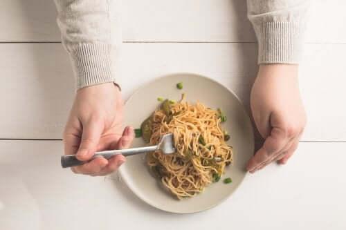 Peut-on manger des pâtes et du riz au dîner ?