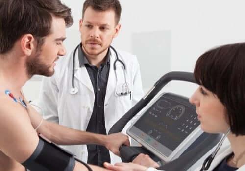 La réadaptation cardiaque : revenir à la vie active après une intervention