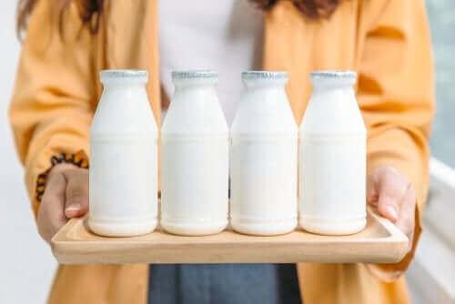 Lesquels sont les meilleurs : les produits laitiers entiers ou écrémés ?