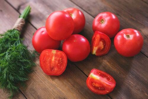 La consommation de tomates aurait un effet sur l'hypertension artérielle