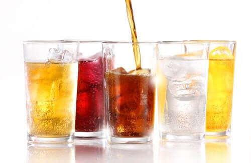 Les sodas sans sucre nous font-ils grossir ?