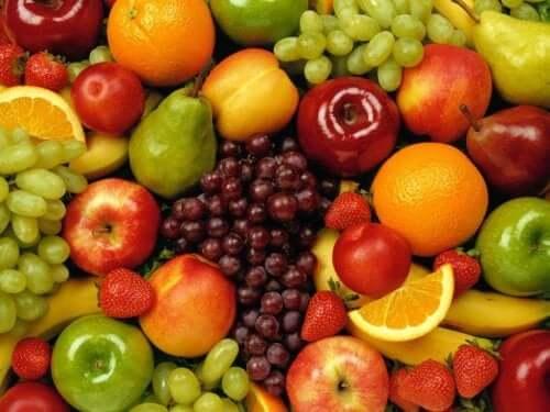 Les glucides se trouvent dans les aliments contenant des fibres