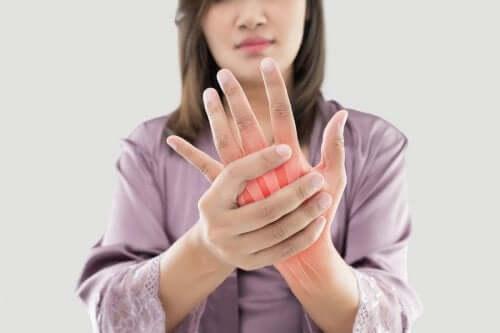 Herbes médicinales pour la douleur de l'arthrite rhumatoïde