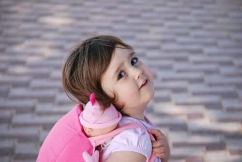 Il est important d'apaiser l'anxiété chez les enfants