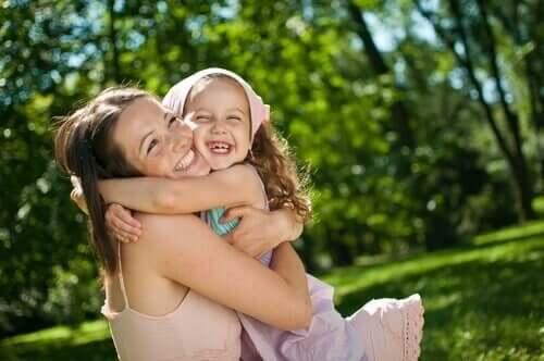 Les parents peuvent aider à renforcer l'estime de soi chez les enfants