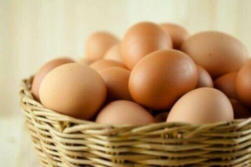 On trouve des vitamines du groupe B dans les oeufs