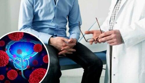 Un homme en consultation pour un examen de la prostate