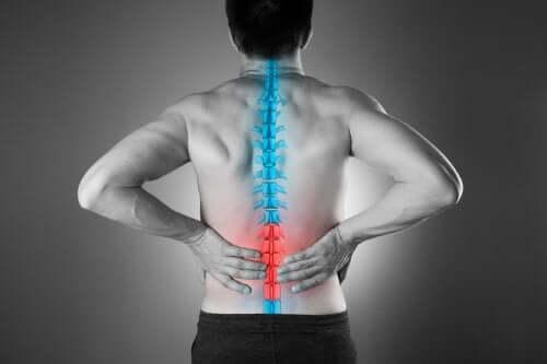 4 méthodes naturelles pour soulager les douleurs lombaires