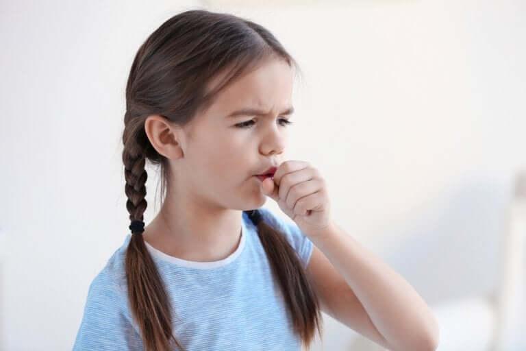 Un rhume peut provoquer de la toux