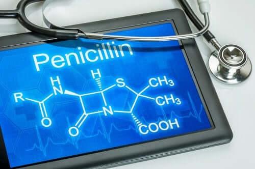 La formule chimique de la pénicilline.