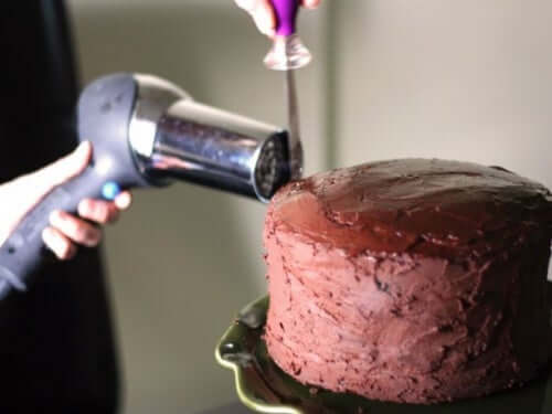 Sèche-cheveux : votre nouveau meilleur allié au sein de votre foyer