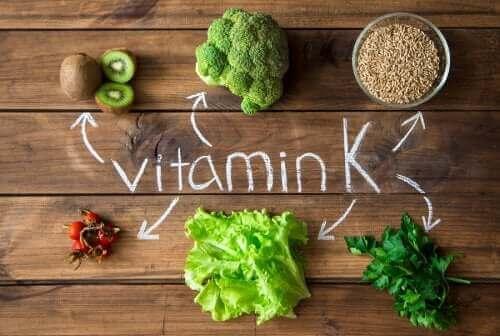 La vitamine K: dans quels cas est-elle utilisée et pourquoi?