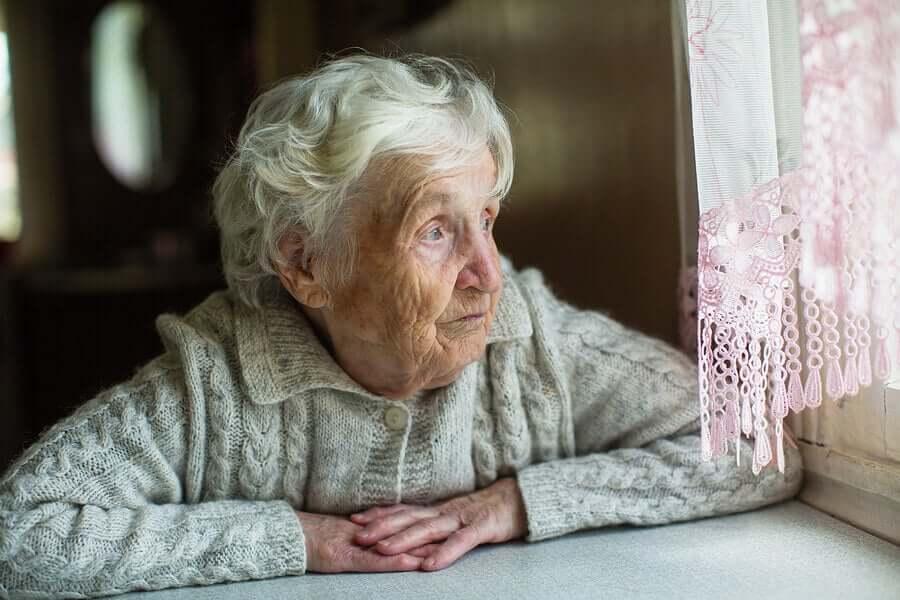 La transmissibilité du coronavirus aux personnes âgées est une des plus dangereuses