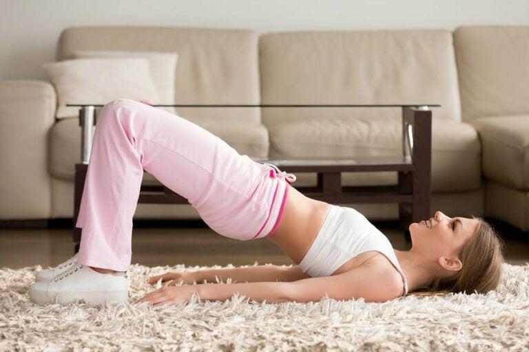 5 exercices à faire à la maison pendant le confinement