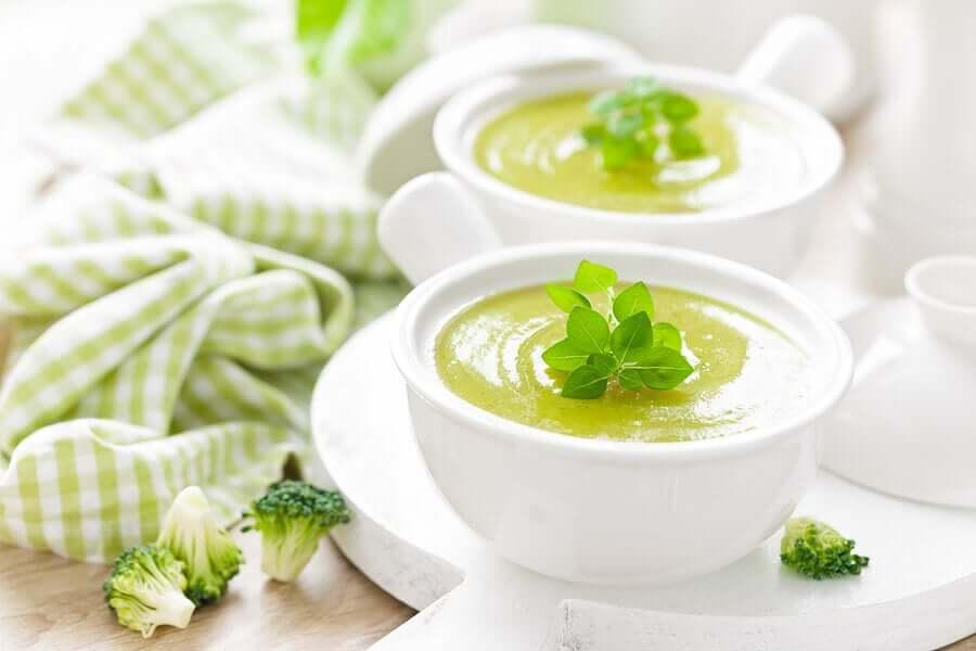 5 soupes froides de légumes à consommer à volonté