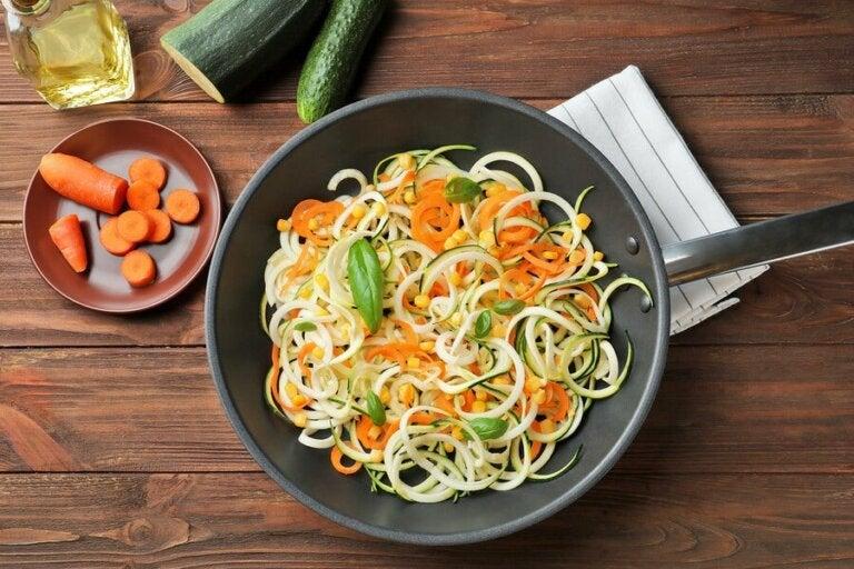 Délicieuse recette de spaghettis aux courgettes et aux carottes