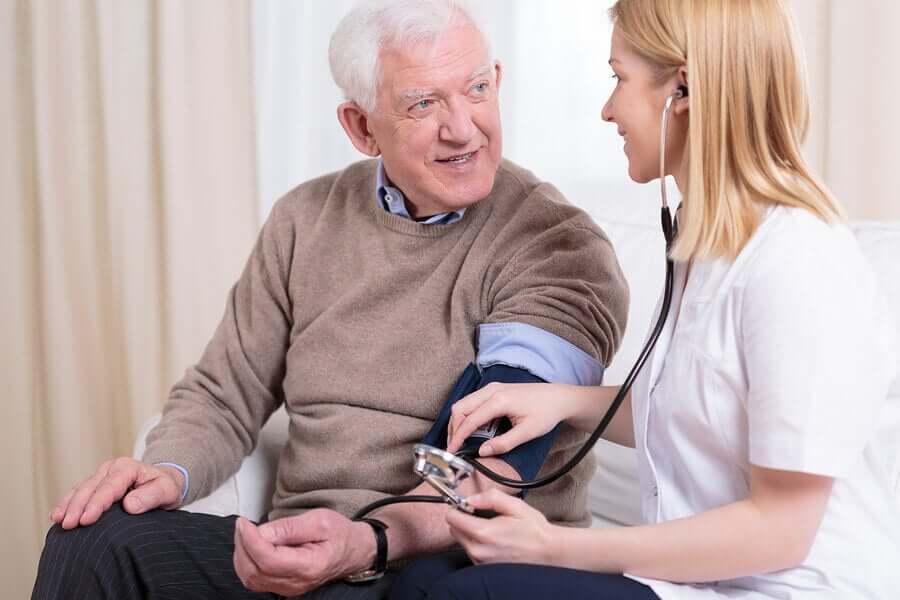 La santé cardiovasculaire chez les personnes âgées