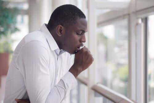 Les personnes souffrant d'asthme peuvent présenter de graves complications en cas d'infection au coronavirus