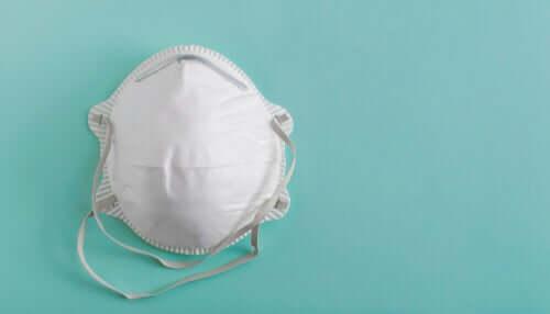 Porter des masques sans filtre