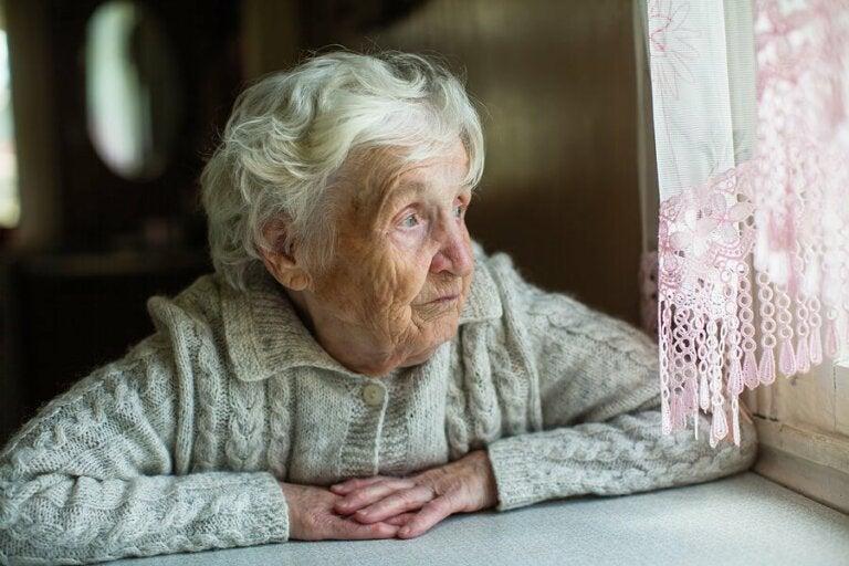 Comment les personnes âgées peuvent-elles faire face au confinement ?