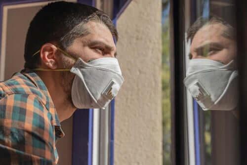 Comment cohabiter avec une personne infectée au coronavirus ?