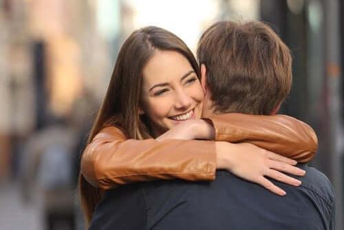 Lutter contre la monotonie dans le couple en renforçant les liens d'affection