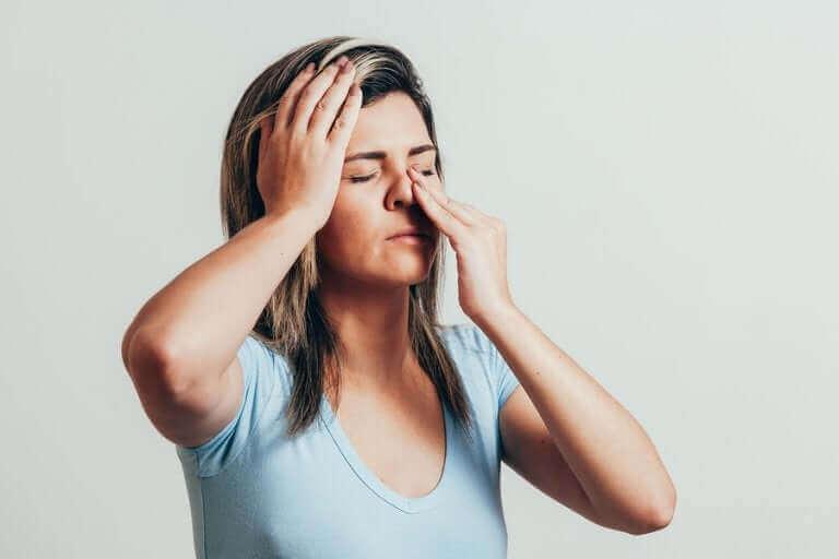 6 huiles essentielles pour lutter contre la sinusite