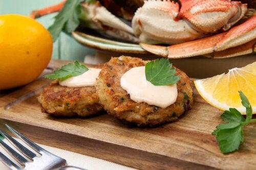 Gâteau au crabe : 2 recettes que vous aimerez essayer