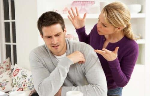 La violence verbale dans le couple