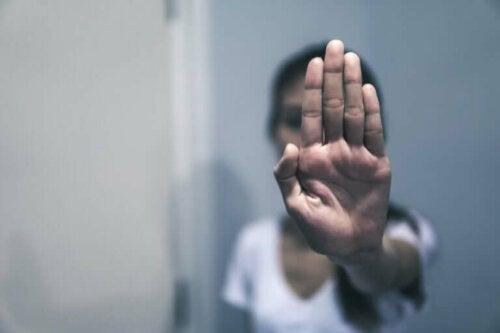 La violence verbale : exemples et recommandations