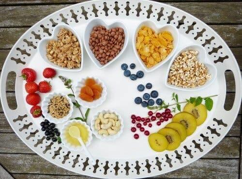 Des aliments contenant tous du glucide, un des nutriments essentiels