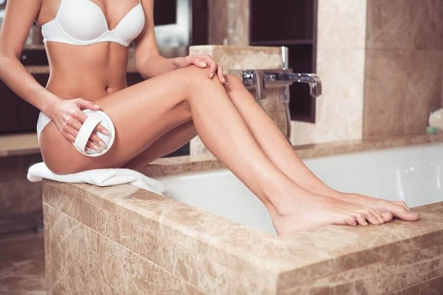 11 habitudes pour raffermir la peau et réduire la cellulite