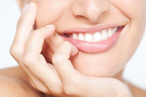 Un joli sourire grâce au blanchiment dentaire
