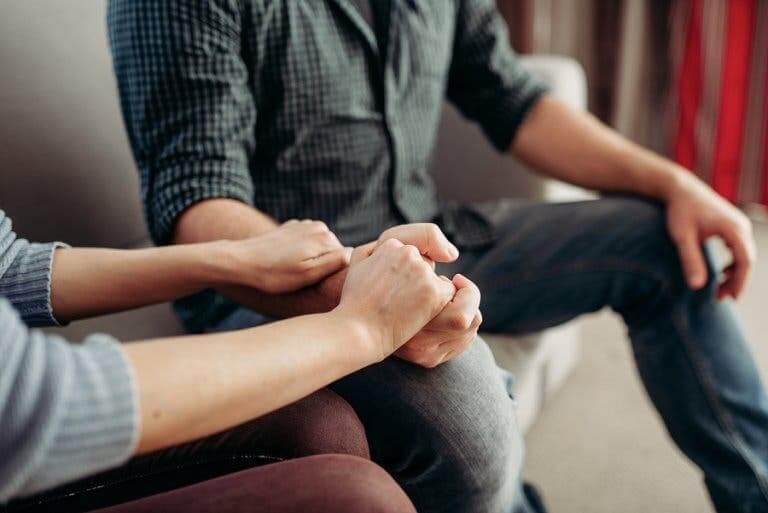 Un couple qui veut avoir une relation saine