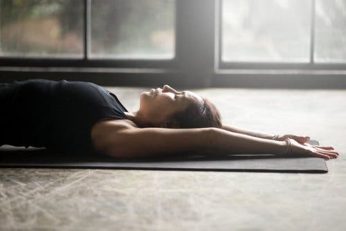 La relaxation musculaire contre la crise d'angoisse