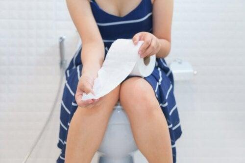 5 remèdes pour contrôler les épisodes de diarrhée