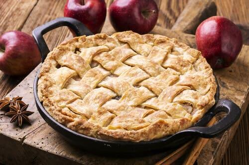La recette du gâteau aux poires et aux pommes.